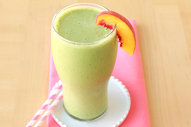 Peaches & Greens Smoothie